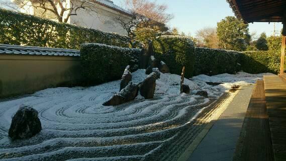 大徳寺の瑞峯院、龍源院の雪景色